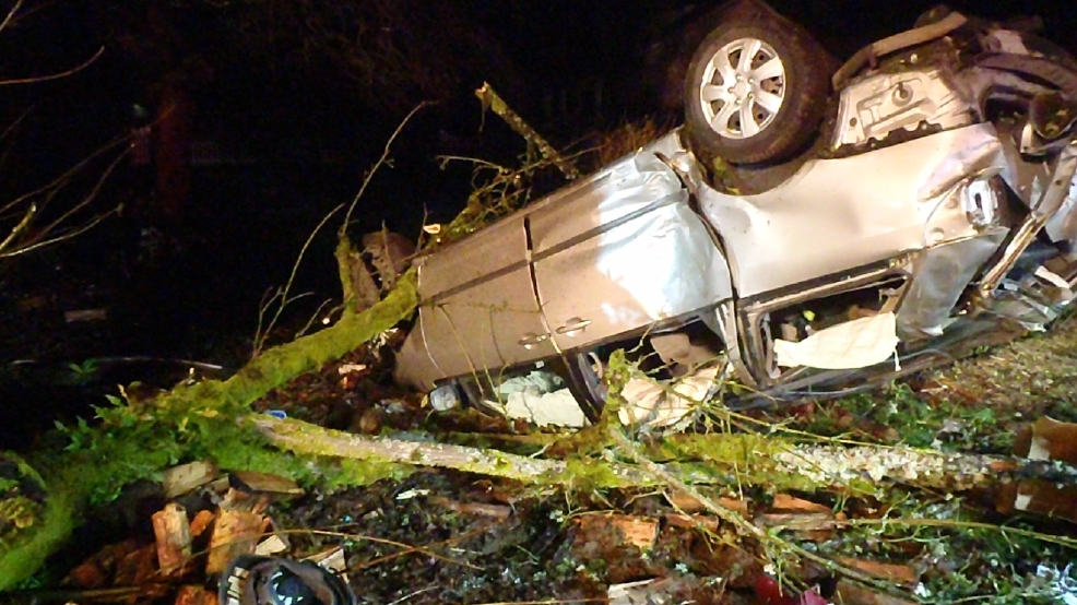 Police continue investigating Hwy 20 crash near Corvallis