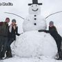 Giant Kentucky snowman gives would-be vandal dose of instant karma
