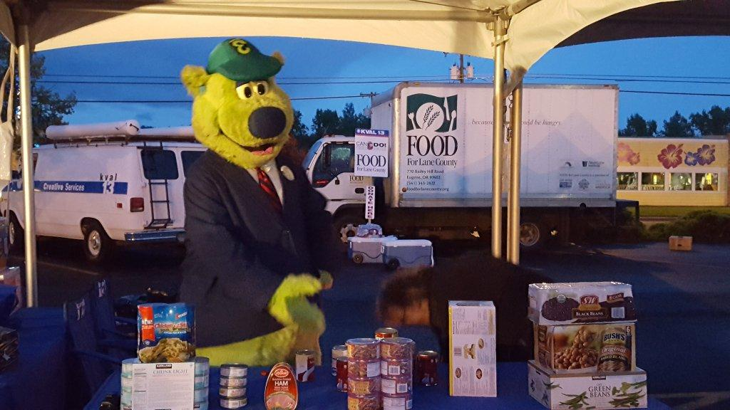 The community turned out to support Food for Lane County by donating non-perishable food items and cash as part of the KVAL Can Do! Food Drive #LiveOnKVAL Wednesday, April 13, 2016.
