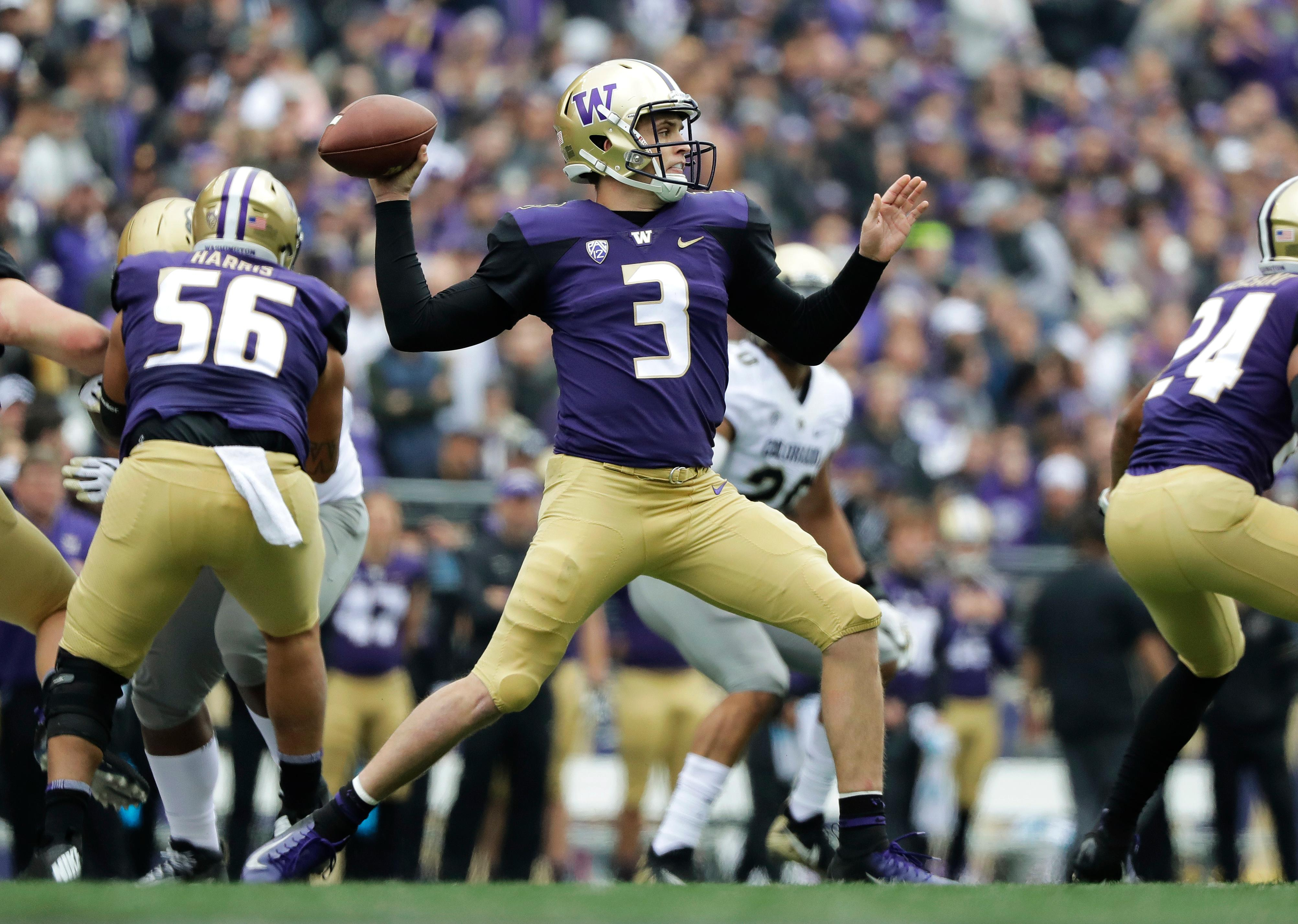 Washington quarterback Jake Browning passes against Colorado during the first half of an NCAA college football game, Saturday, Oct. 20, 2018, in Seattle. (AP Photo/Ted S. Warren)