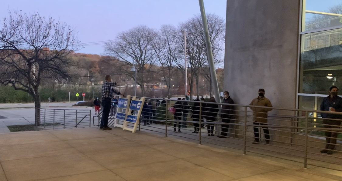 Voters line up at the polls in Kalamazoo Tuesday, Nov. 3, 2020. (WWMT/Lexie Petrovic)