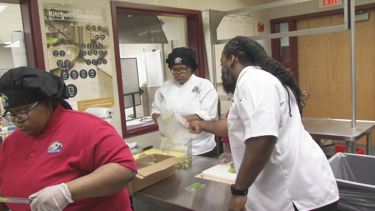 Culinary students serving up dinner to raise money for European trip (WKEF/WRGT)
