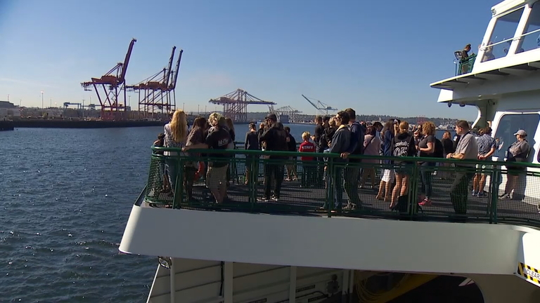 Hundreds boarded the Washington State Ferry Chimacum for an unobstructed view from the waters of Puget Sound. (Photo: KOMO News)