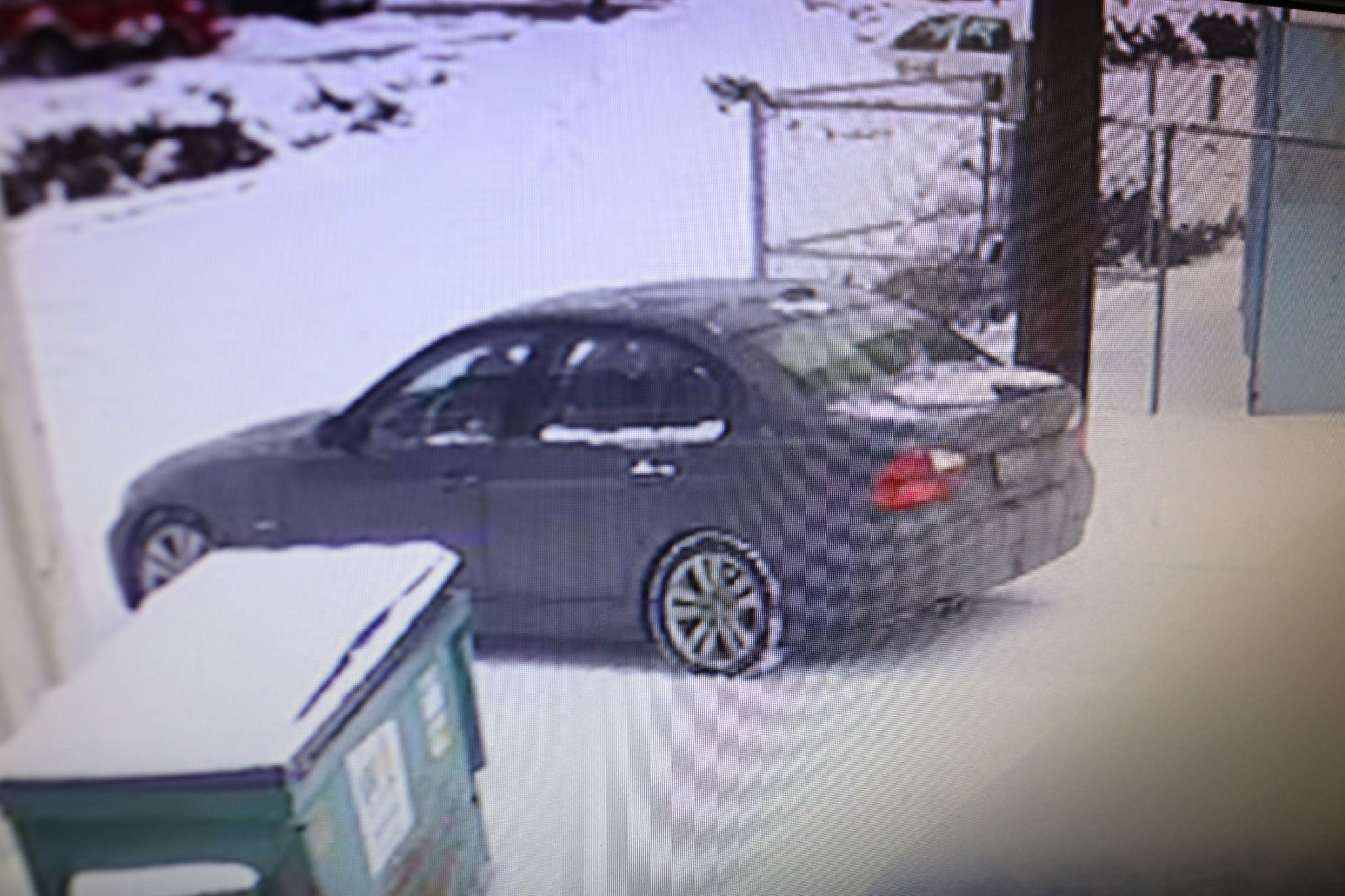 Ellensburg Police searching for jewelry thief suspect