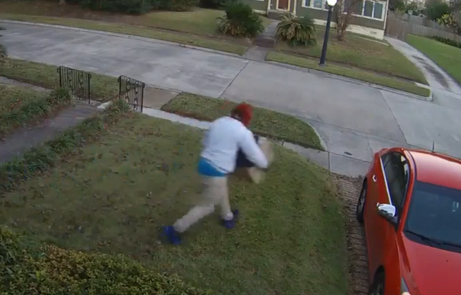 (WPMI) Mobile porch pirate steals dress ahead of wedding