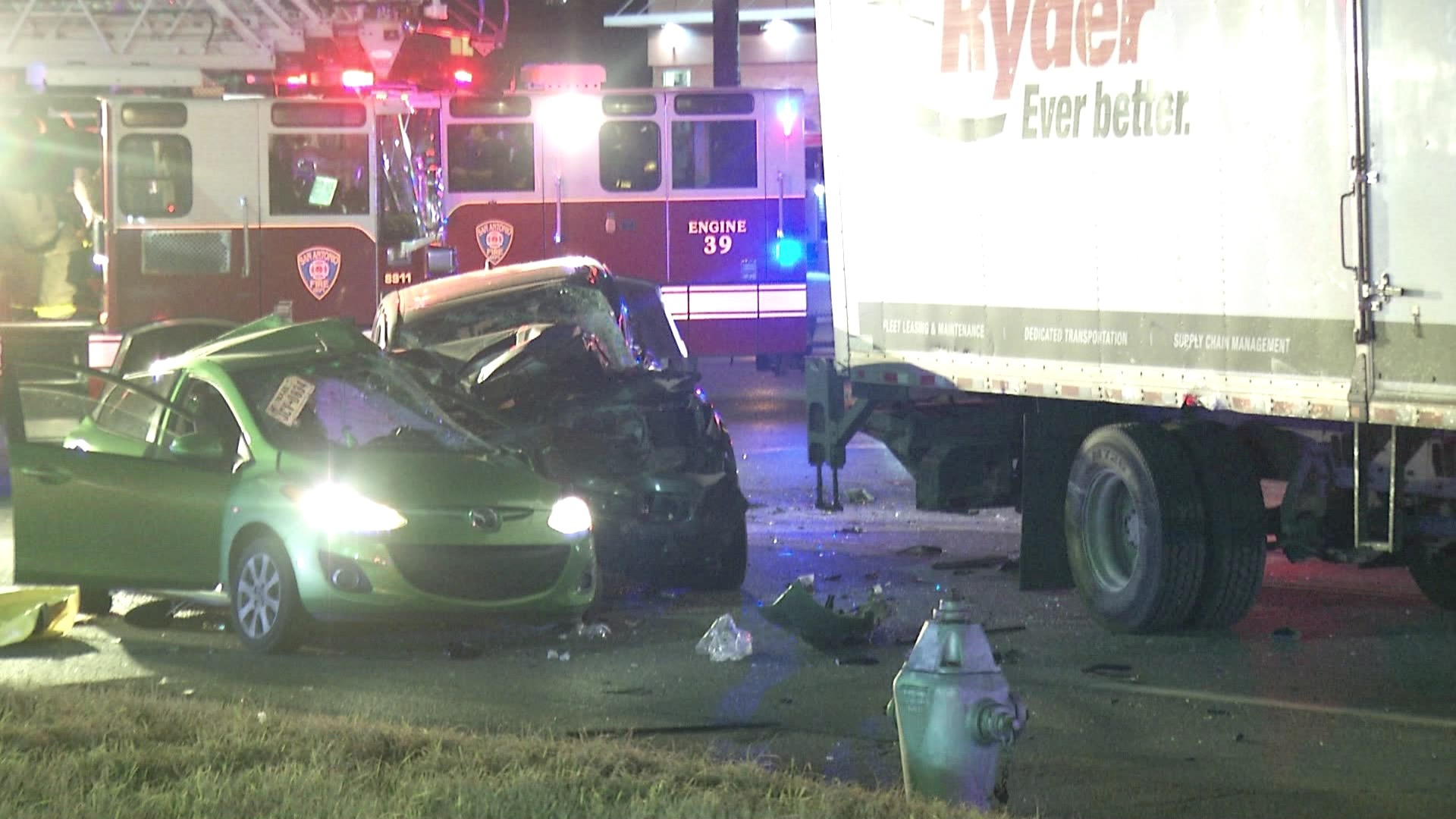 A major accident killed a woman overnight and sent another to the hospital. (Courtesy: Pro 21 Video)