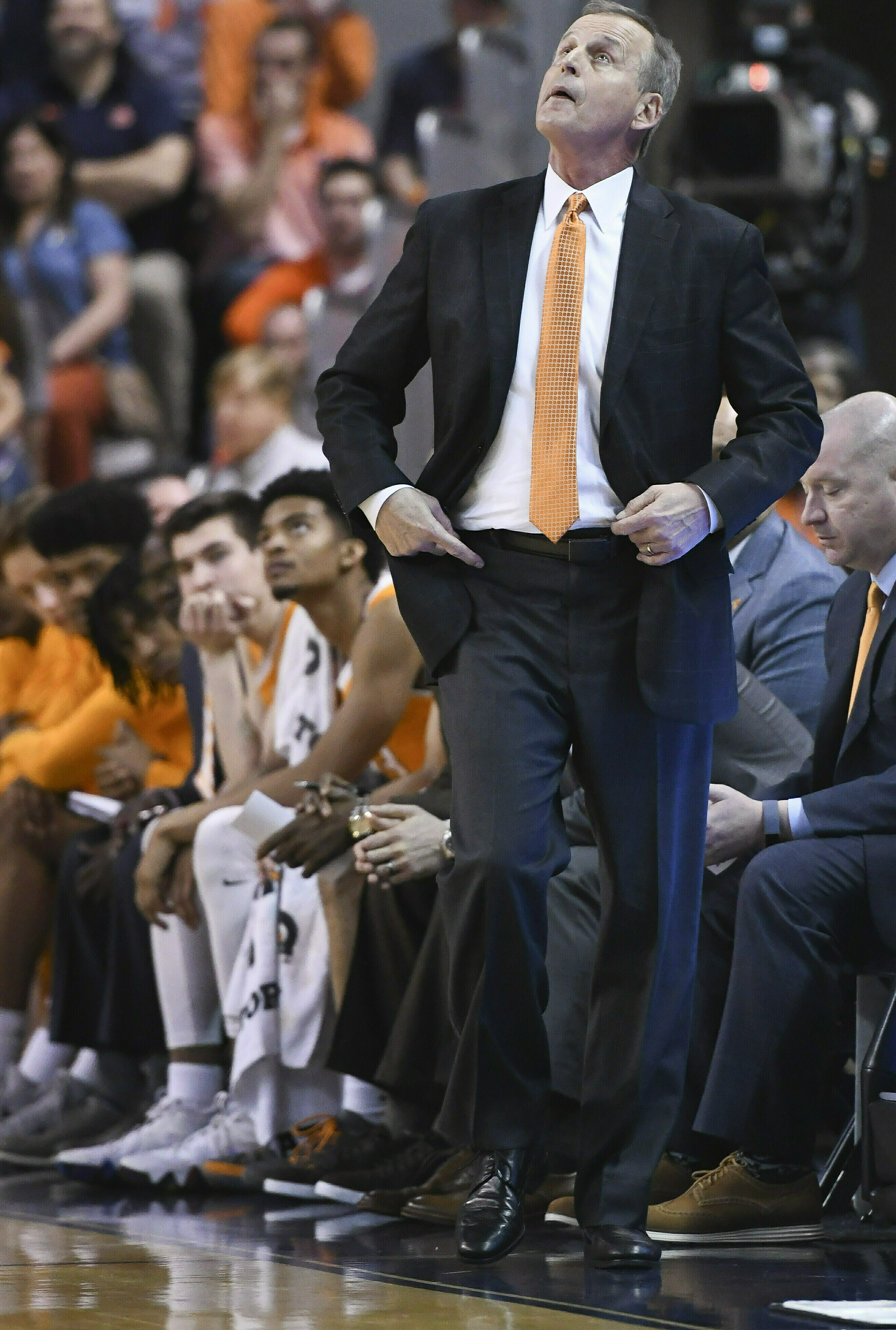 Tennessee head coach Rick Barnes watches a replay on the Jumbotron during the second half of an NCAA college basketball game against Auburn Saturday, March 9, 2019, in Auburn, Ala. (AP Photo/Julie Bennett)