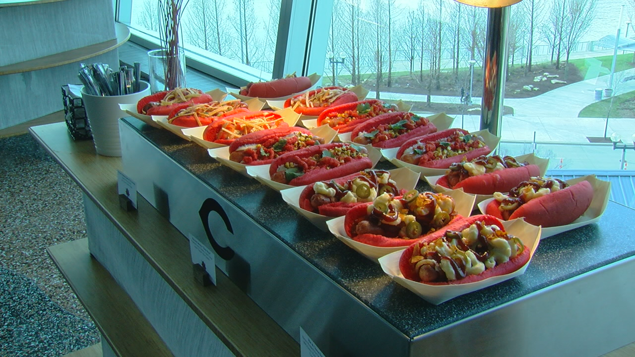 New food offerings at GABP (WKRC)