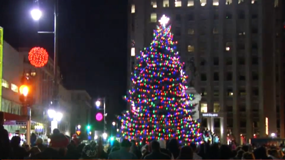 Portland Maine Monument Square Christmas Tree 2020 Monument Square tree lighting ceremony brings family and friends