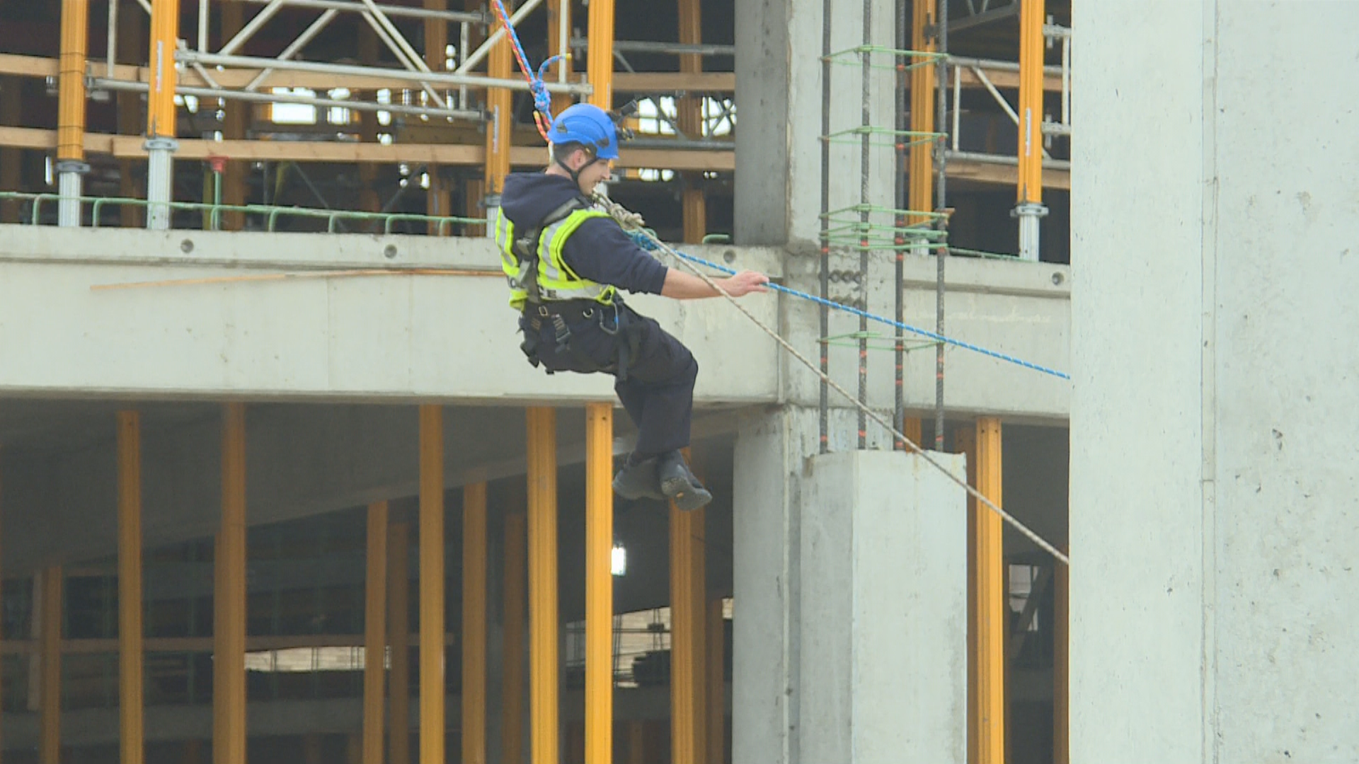 The Kalamazoo Department of Public Safety, Portage Fire Department and CSM Group joined together Saturday for active tower rescue training in downtown Kalamazoo. (WWMT/Jason Puhr)
