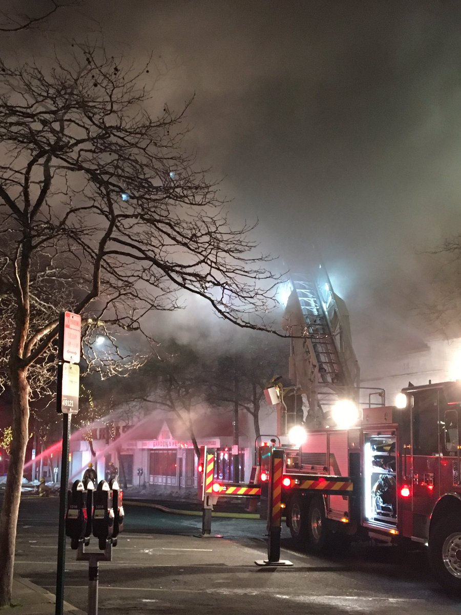 2-alarm fire burns pet store strip mall in Bellingham (Bellingham PD Photo)<p></p>
