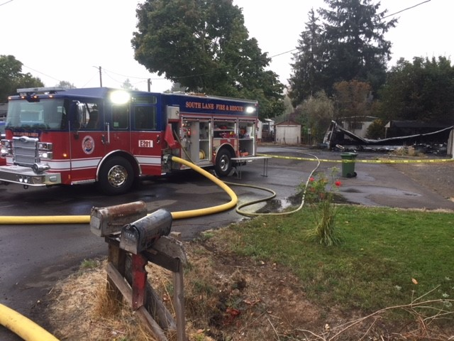 Officials reported one person died in a mobile home fire in Cottage Grove, Sept. 17, 2018. (SBG)