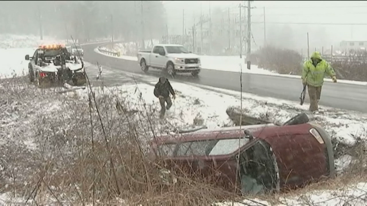 <p>Snow storm in Boone, NC, on Wednesday caused multiple wrecks cancanceled school. (Photo credit: WSOC)</p>