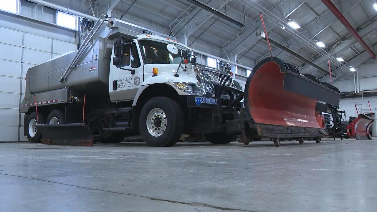 <p>Communities across Central Ohio are gearing up for wicked weather this weekend. The Ohio Department of Transportation and city service departments have been hard at work anti-icing and bringing as we wait for the snow to hit. (WSYX/WTTE)</p>