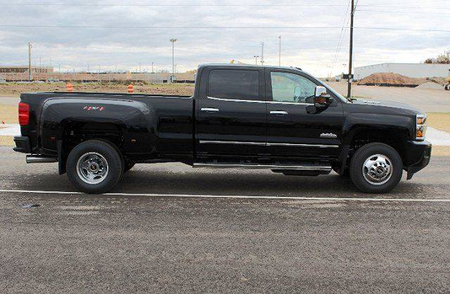 2019 Chevrolet 3500 High Country Dually{&amp;nbsp;}(Photo courtesy of Ashwaubenon Public Safety)<p></p>
