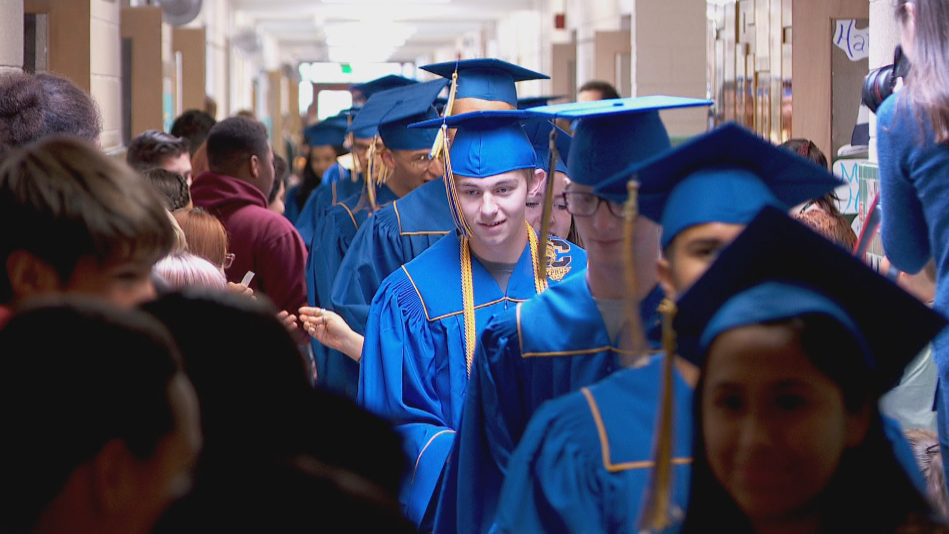 Some Cyprus High School graduating seniors paraded through Magna Elementary on Tuesday. (Photo: KUTV)