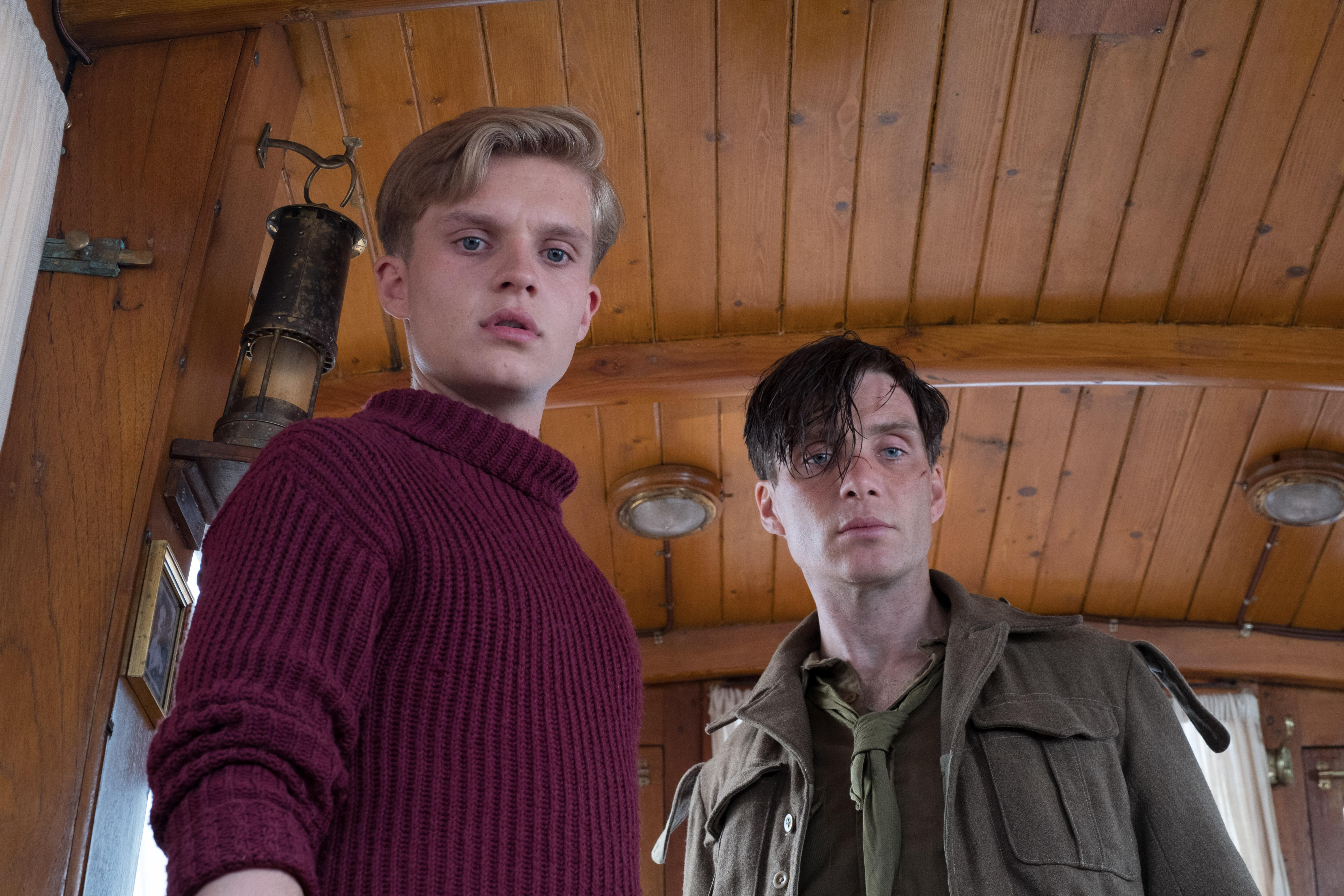 "(L-R) TOM GLYNN-CARNEY as Peter and CILLIAN MURPHY as Shivering Soldier in the Warner Bros. Pictures action thriller ""DUNKIRK,"" a Warner Bros. Pictures release. (Photo: Warner Bros.)"