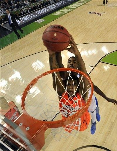 Kentucky Off To Title Game Beats Louisville 69 61 Kcby