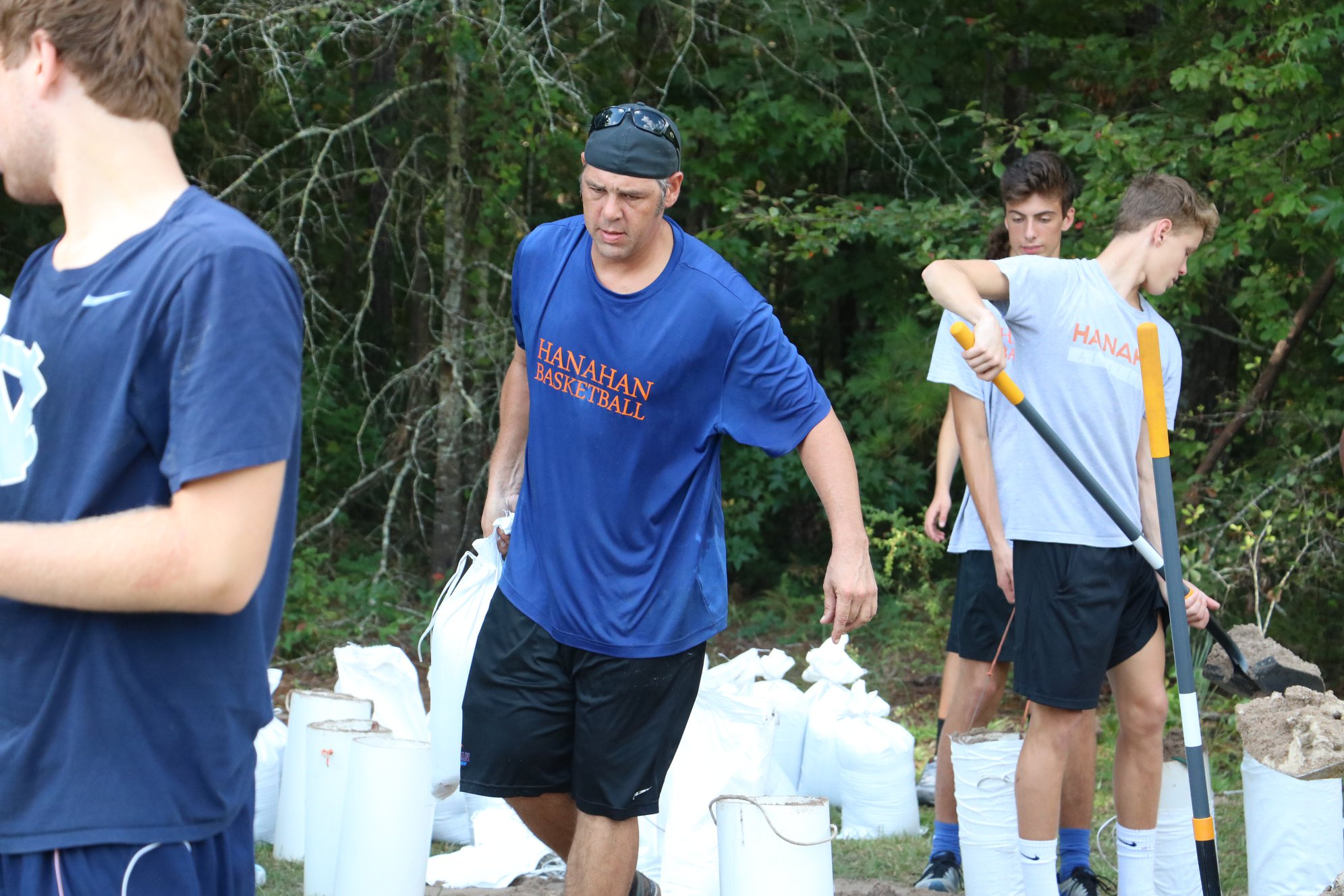 Hanahan High School student athletes and friends fill sandbags for the community in advance of Hurricane Florence. (Photo/Cyril R. Samonte)