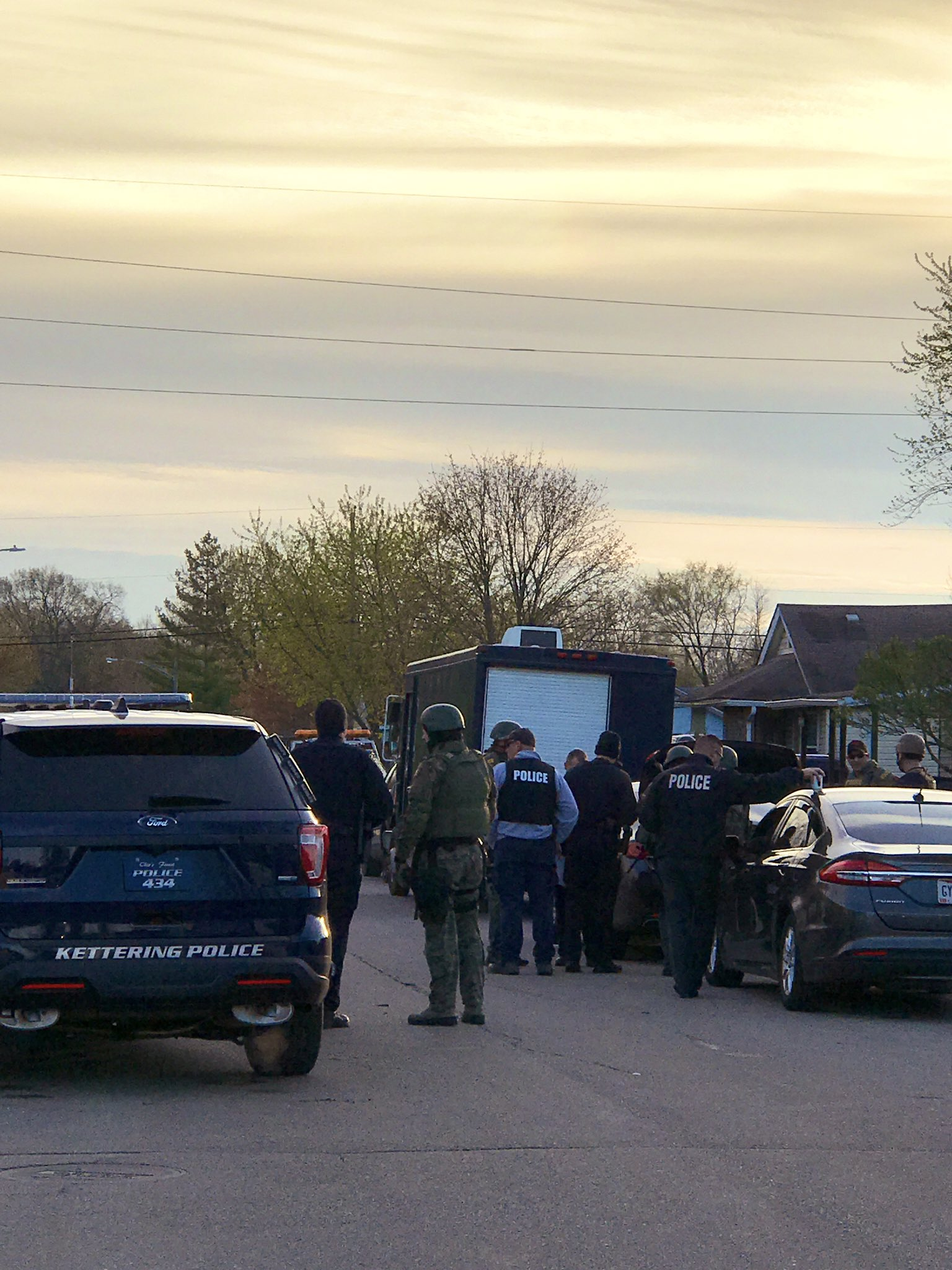 Police: Kettering chase suspect now in standoff with police in Harrison Twp. (WKEF/WRGT)