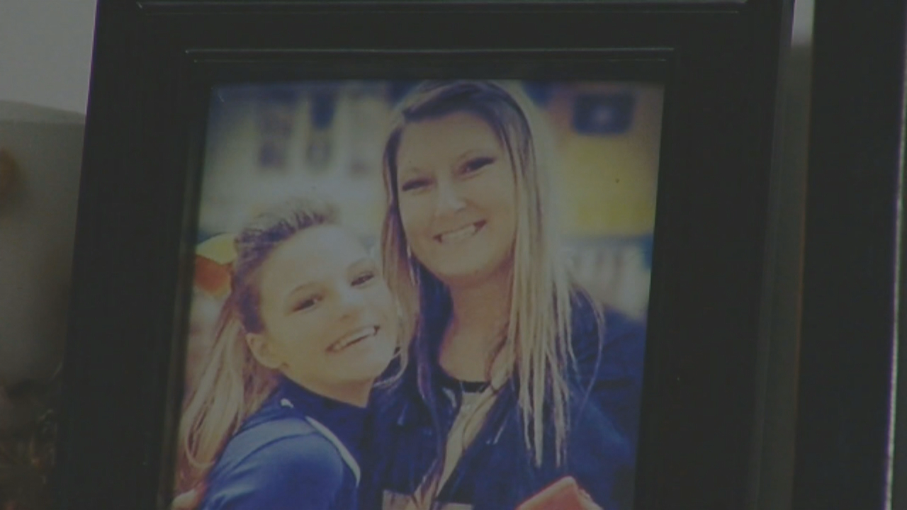 Mother of late teen who would have graduated Friday told to stay away from ceremony (WKRC)